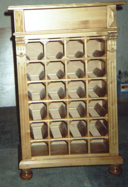winebox made of cherry